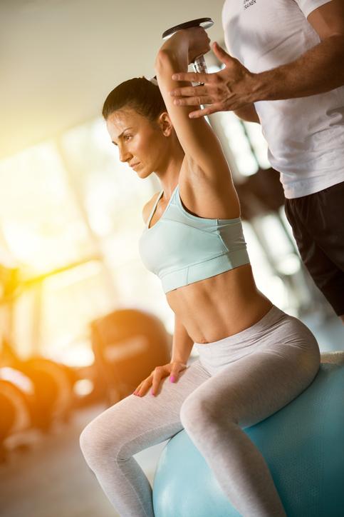 Contratar a un personal trainer: Ventajas y desventajas